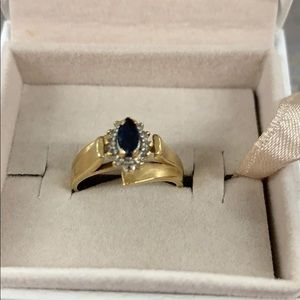 10kt Sapphire and diamond Ring